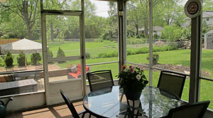 Pickwick Dr, Screened in porch